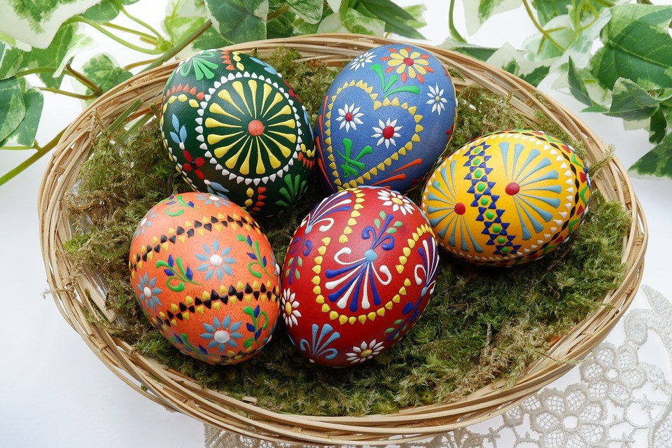 New Dream Batik Easter Eggs Layers Of Color And Symbolism